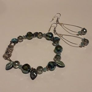 Jewelry - Green Beaded Bracelet Set with Green Leaves 7.5""